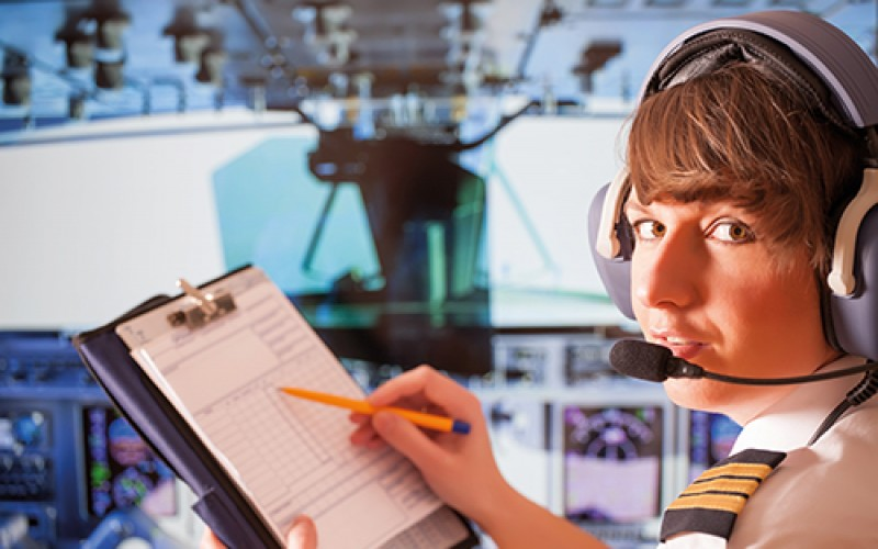 Professional aviation pilot apprenticeship