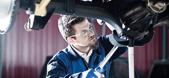 Vehicle body and paint operations apprenticeship