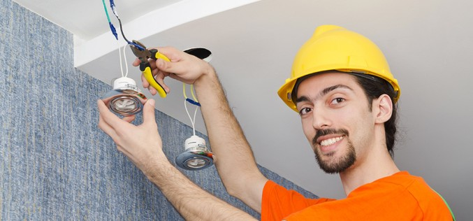 Installation and maintenance electrician apprenticeship