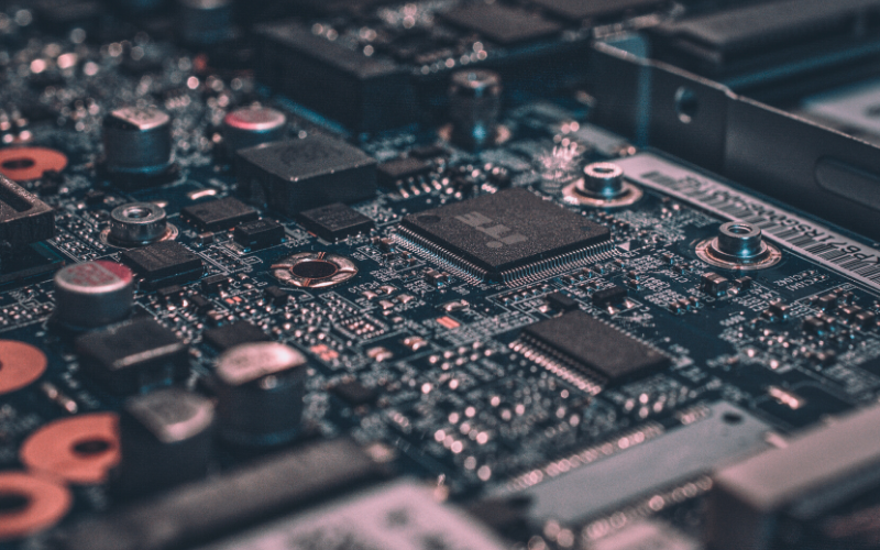 Embedded electronic systems design and development engineer
